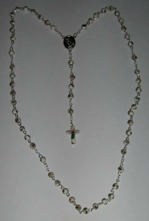 R9004-YX WH - Rosary white.